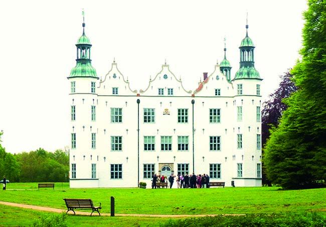 Foto: Holger Ellgaard/ www.wikipedia.de